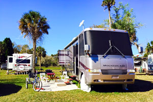 A Comfortable Thonotosassa FL 55 RV Park Community